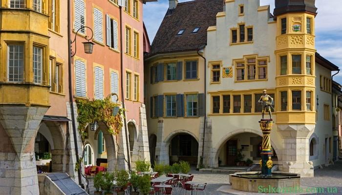 Отдых в Швейцарии: город Биль